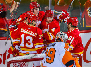 NHL Hockey Betting:  Vancouver Canucks at Calgary Flames&h=235&w=320&zc=1