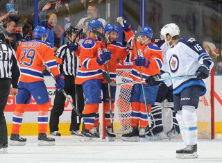 NHL Hockey Betting:  Edmonton Oilers at Calgary Flames&h=235&w=320&zc=1