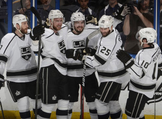 NHL Hockey Betting:  Los Angeles Kings at Ottawa Senators&h=235&w=320&zc=1