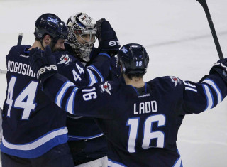 NHL Hockey Betting:  Winnipeg Jets at Detroit Red Wings&h=235&w=320&zc=1