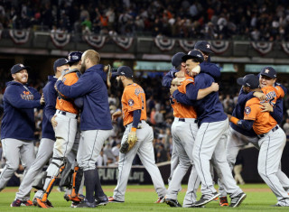 MLB Baseball Betting:  Houston Astros at Toronto Blue Jays&h=235&w=320&zc=1