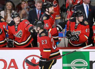 NHL Hockey Betting:  Calgary Flames at Arizona Coyotes&h=235&w=320&zc=1