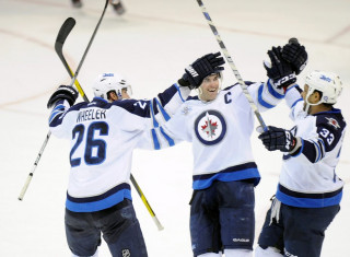 NHL Hockey Betting:  Winnipeg Jets at Los Angeles Kings&h=235&w=320&zc=1