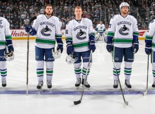 NHL Hockey Betting:  Vancouver Canucks at Philadelphia Flyers&h=235&w=320&zc=1