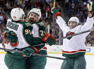 NHL Hockey Betting:  Minnesota Wild at Chicago Blackhawks&h=235&w=320&zc=1
