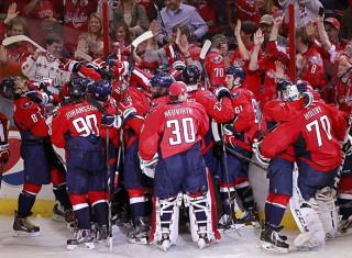 NHL Hockey Betting:  Washington Capitals at Vancouver Canucks&h=235&w=320&zc=1