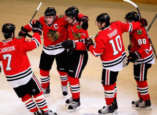 NHL Hockey Betting:  Vancouver Canucks at Chicago Blackhawks&h=235&w=320&zc=1