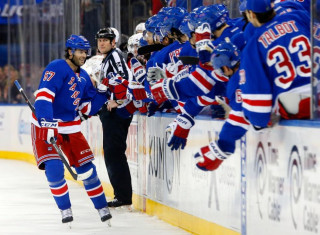 NHL Hockey Betting:  New York Rangers at Vancouver Canucks&h=235&w=320&zc=1