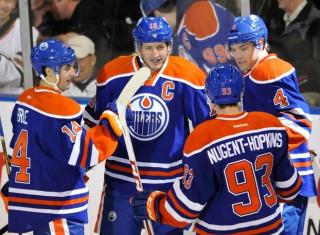 NHL Hockey Betting:  Carolina Hurricanes at Edmonton Oilers&h=235&w=320&zc=1