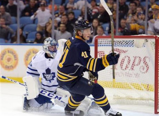 NHL Hockey Betting:  Buffalo Sabres at Toronto Maple Leafs&h=235&w=320&zc=1
