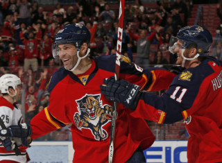 NHL Hockey Betting:  Florida Panthers at Toronto Maple Leafs&h=235&w=320&zc=1