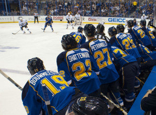 NHL Hockey Betting:  Vancouver Canucks at St. Louis Blues&h=235&w=320&zc=1