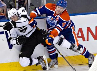 NHL Hockey Betting:  Edmonton Oilers at Columbus Blue Jackets&h=235&w=320&zc=1