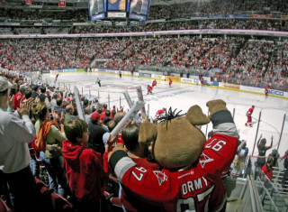 NHL Hockey Betting:  Montreal Canadiens at Carolina Hurricanes&h=235&w=320&zc=1