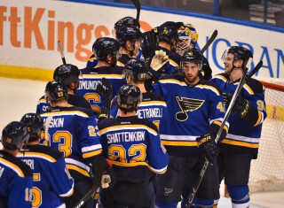 NHL Hockey Betting:  San Jose Sharks at St. Louis Blues&h=235&w=320&zc=1