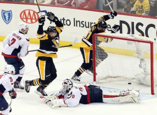 NHL Hockey Betting:  Pittsburgh Penguins at San Jose Sharks&h=235&w=320&zc=1