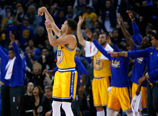 NBA Basketball Betting:  Cleveland Cavaliers at Golden State Warriors&h=235&w=320&zc=1
