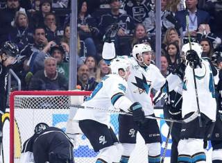 NHL Hockey Betting:  San Jose Sharks at Pittsburgh Penguins&h=235&w=320&zc=1