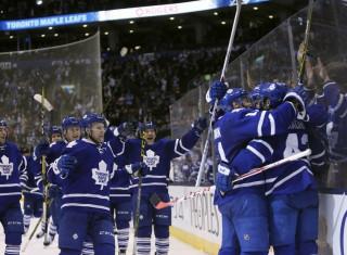 NHL Hockey Betting:  Tampa Bay Lightning at Toronto Maple Leafs&h=235&w=320&zc=1