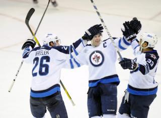 NHL Hockey Betting:  Winnipeg Jets at Los Angeles Kings&h=235&w=320&zc=1